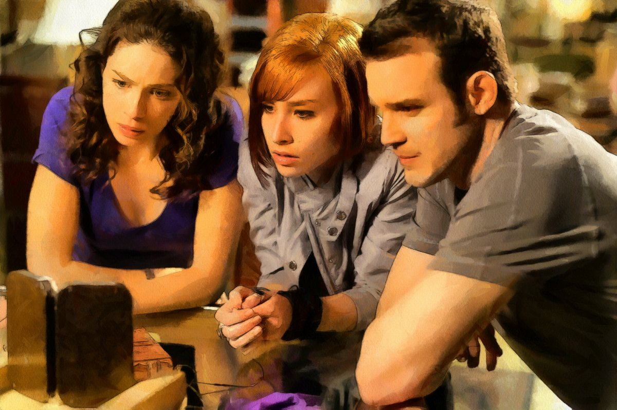 warehouse13-group_DAP_bogfl1.jpg
